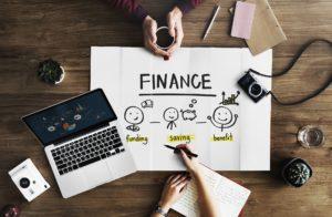 Oszczędzanie na przyszłość. Rozmawiaj z dzieckiem o finansach. Zarządzanie finansami.