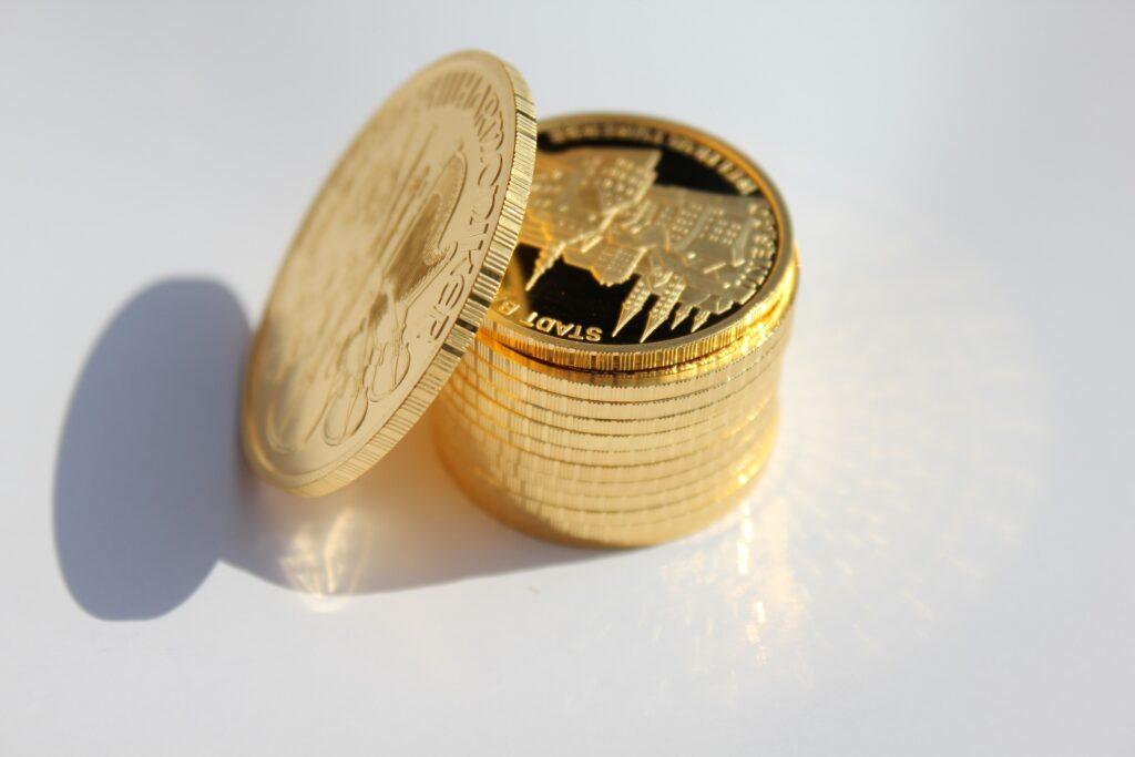 Inwestowanie w złote monety.